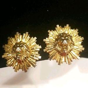 CORO VTG & Rare Collectable Gold Lion Head Earring